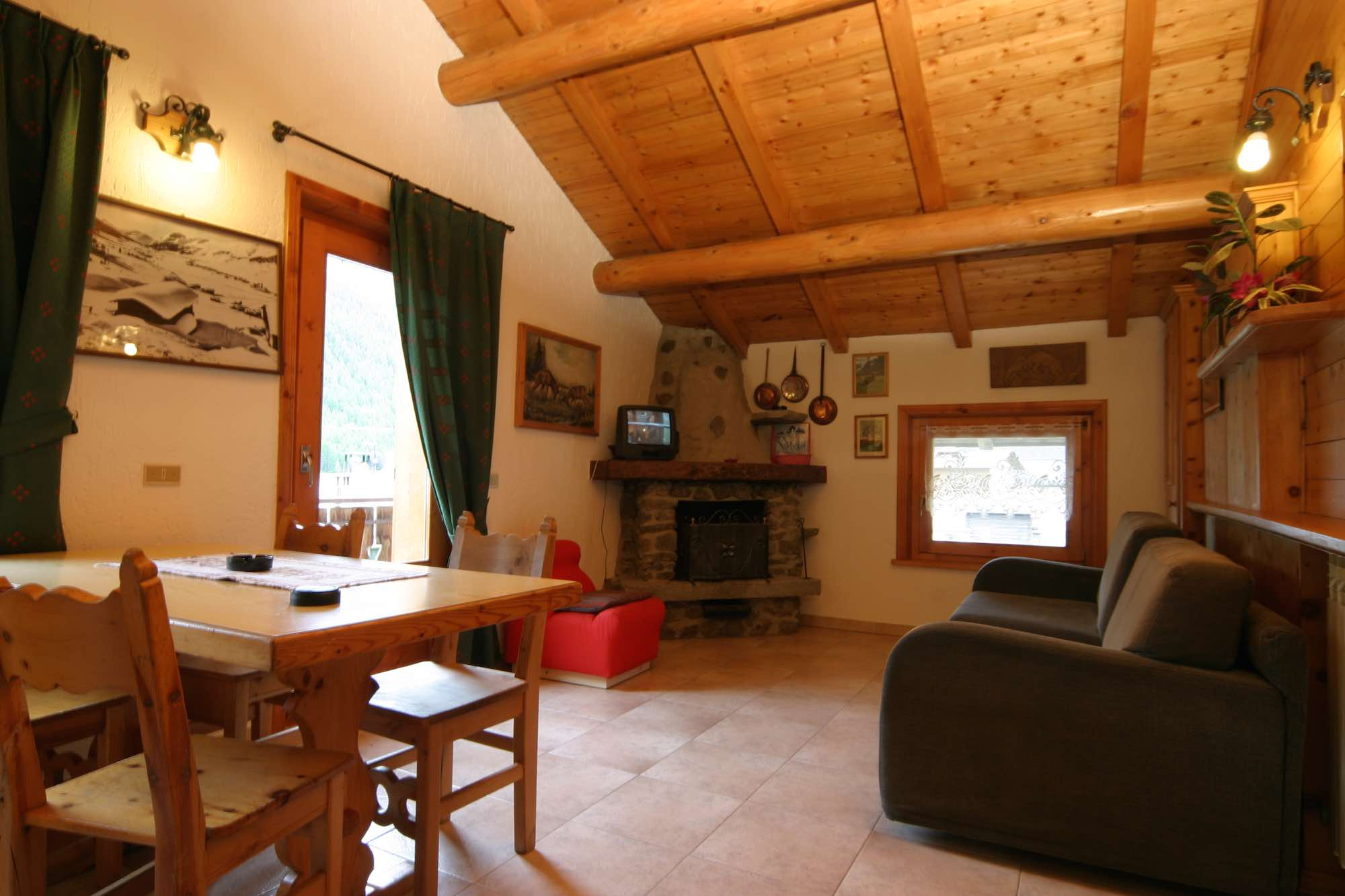 Bait da Borch - Via Saroch N.1430/f, Livigno 23041 - Apartment - Appartamento Vetta 2