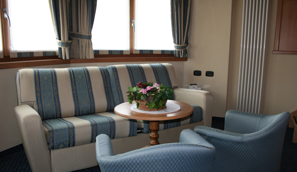 Hotel Flora - Via Tagliede N.98, Livigno 23041 - Room - Junior Suite 2
