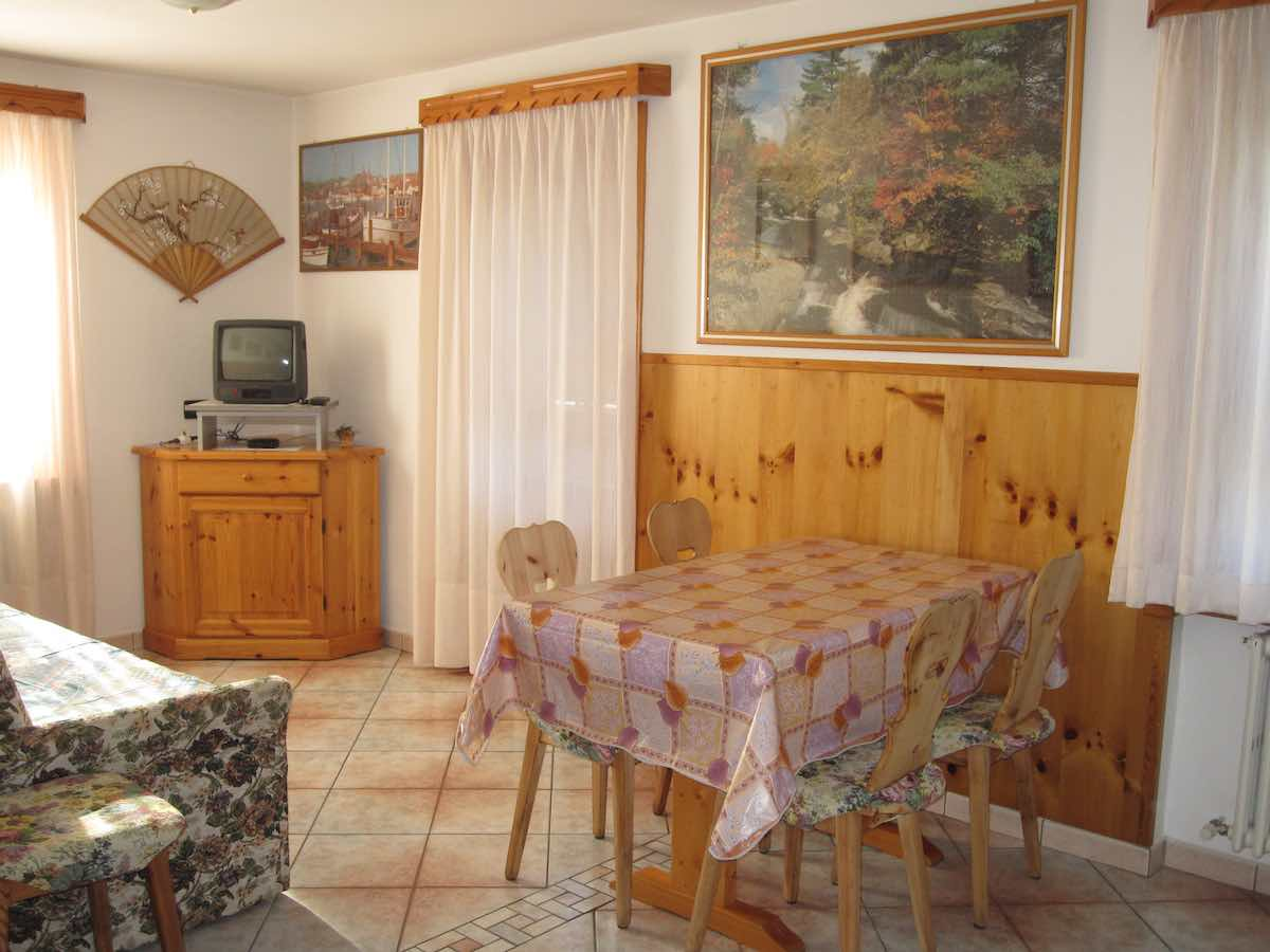 Baita Confortola - Via Rin N.379d, 385, 387, Livigno 23041 - Apartment - Appartamento Bb 2