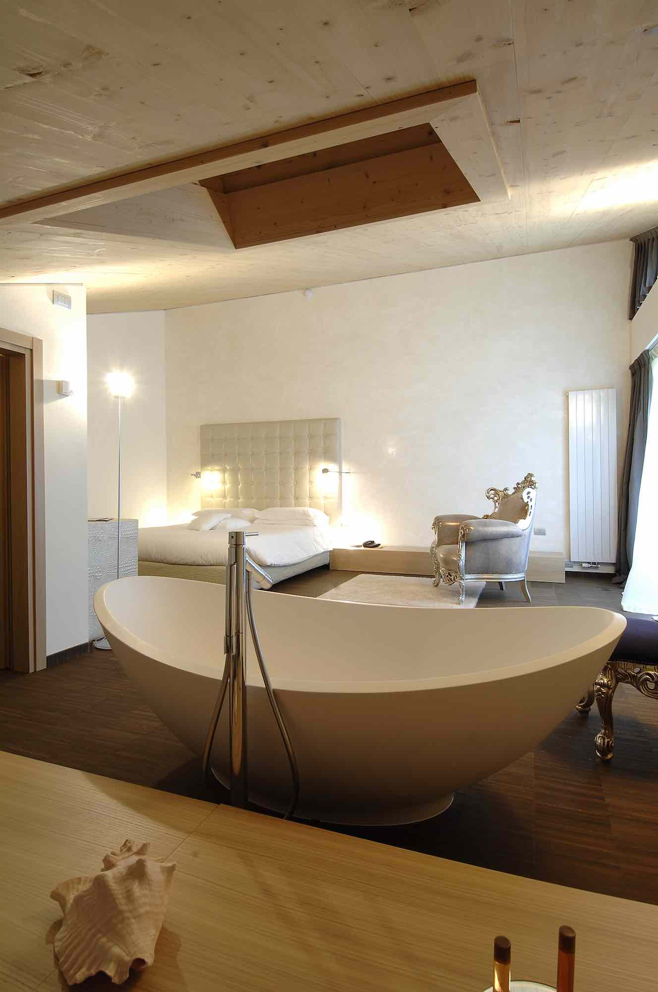 Hotel Lac Salin and Mountain resort - Via Saroch N.496d, Livigno 23041 - Room - Royal Suite 3