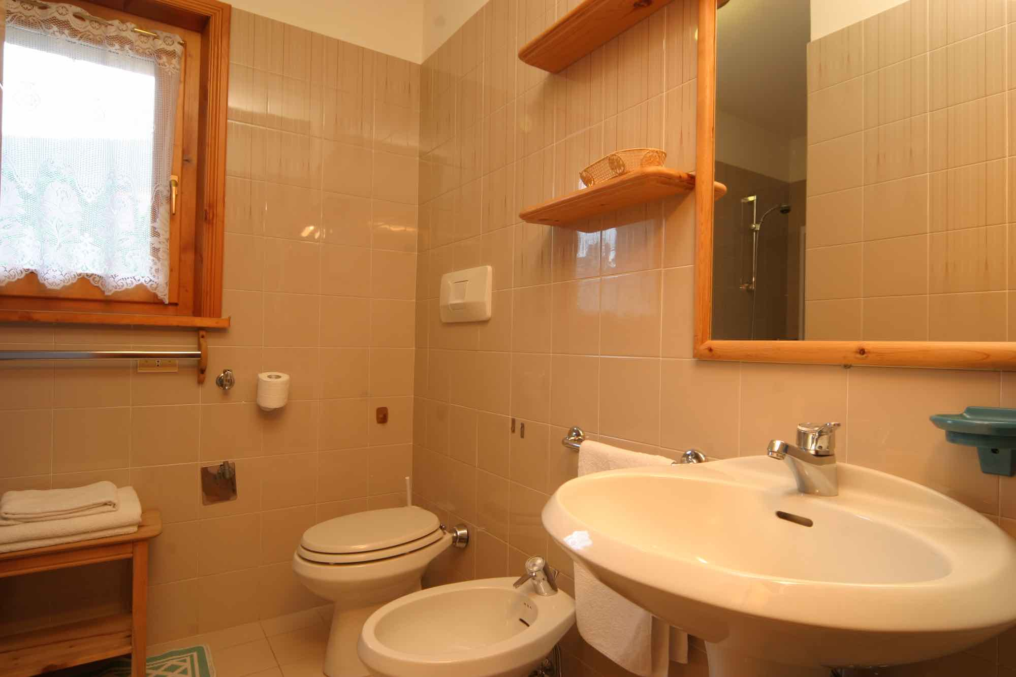Bait da Borch - Via Saroch N.1430/f, Livigno 23041 - Apartment - Appartamento Federia 5